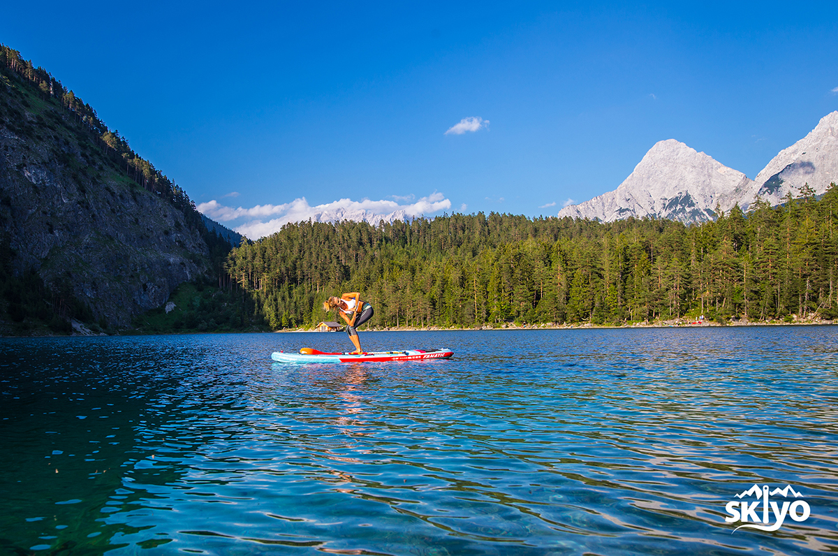 SUP Yoga for skiers