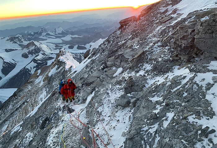 Elan: getting to know Caroline Gleich, climbing to Everest