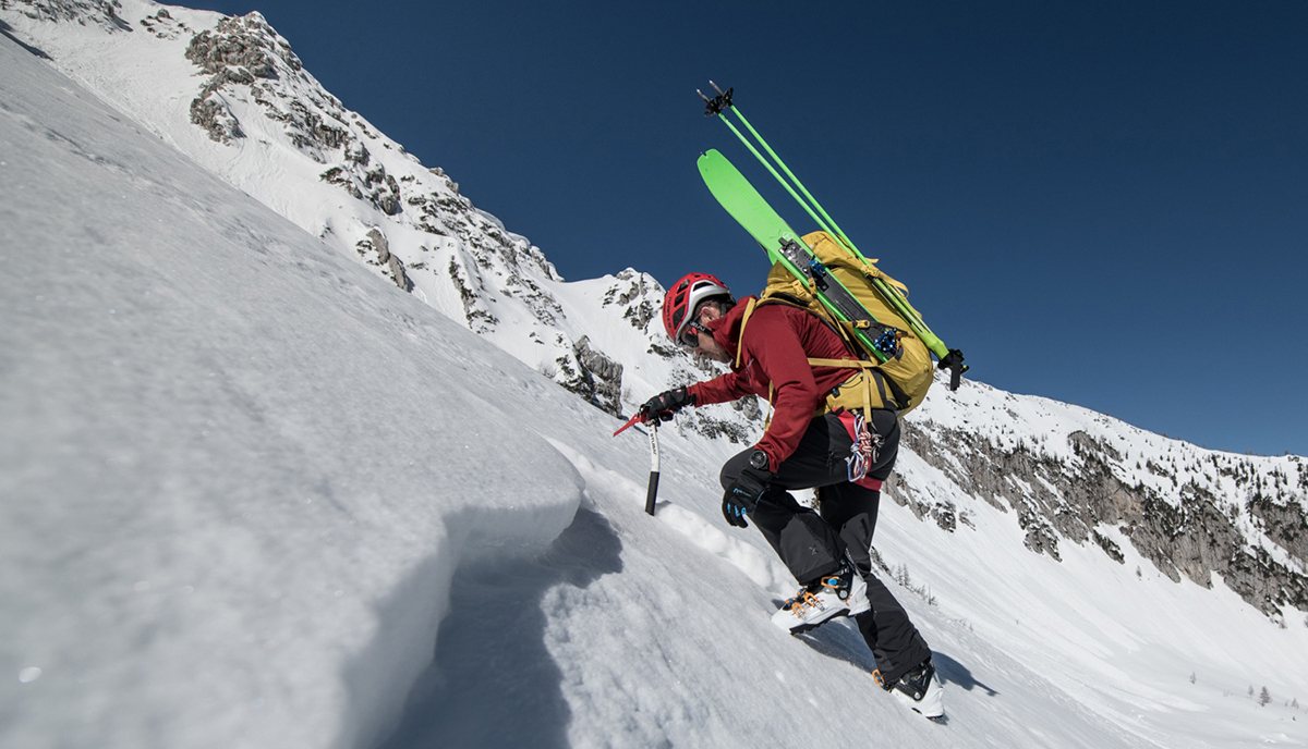 Davo Karničar with Elan ibex tactix folding ski